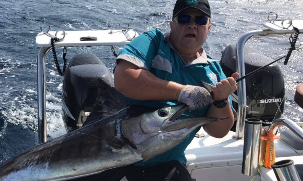 wind, on, wind-on, leader, how to, make, how do you, swordfish, video, tuna, hollow, core, braid, stronger, main line, how much, leader line, use, smoothen, sleeve, thread, splicing, needle, light tackle, what is, the history of, what do you use a, for, len matthews, griquas, champ, south africa, billfish, game fish, videos, watch